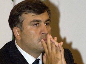 Соратники Саакашвили были забросаны яйцами