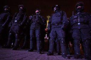 """ЕС требует наказания силовиков, разогнавших """"Евромайдан"""""""