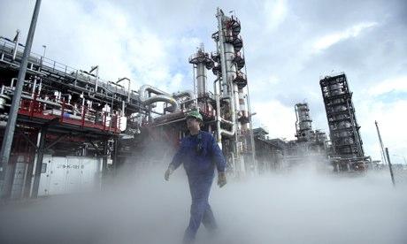 Агентство IEA: по мере восстановления глобальной экономики спрос на нефть продолжает расти