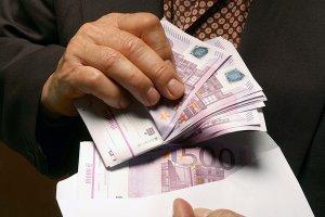 Испания: деньги коррупционеров потратят на социальные нужды