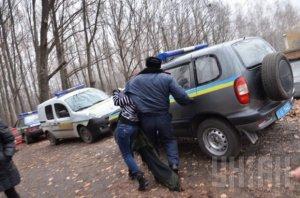 МВД: задержан подозреваемый в поджоге автомобилей в столице