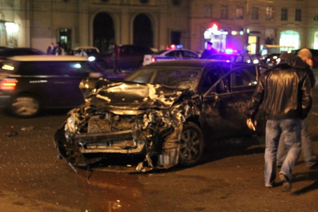 Трагические последствия ДТП на Кутузовском проспекте