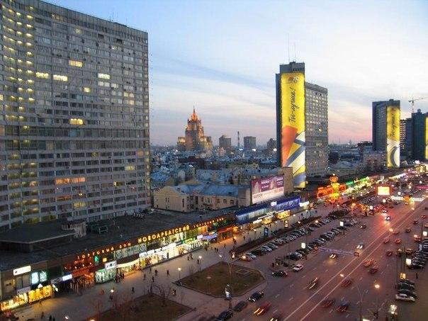 Ищем место для ночёвки в самом центре столицы