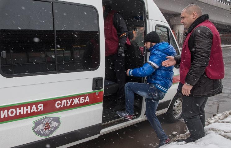 Вступил в силу закон, позволяющий закрывать мигрантам въезд в Россию на 10 лет