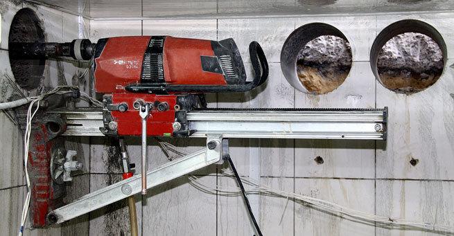 Что делать, если возникла необходимость просверлить отверстие в бетоне?