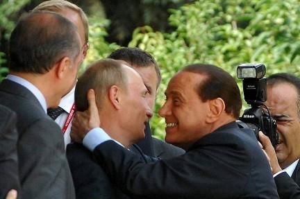 Совместно проведенные выходные Путина и Берлускони прошли на Алтае