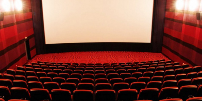 Медведев утвердил субсидии на показ отечественного кино в малонаселенных пунктах