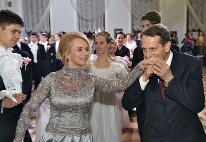 На балу в Госдуме Нарышкин пел песни из «Бандитского Петербурга»