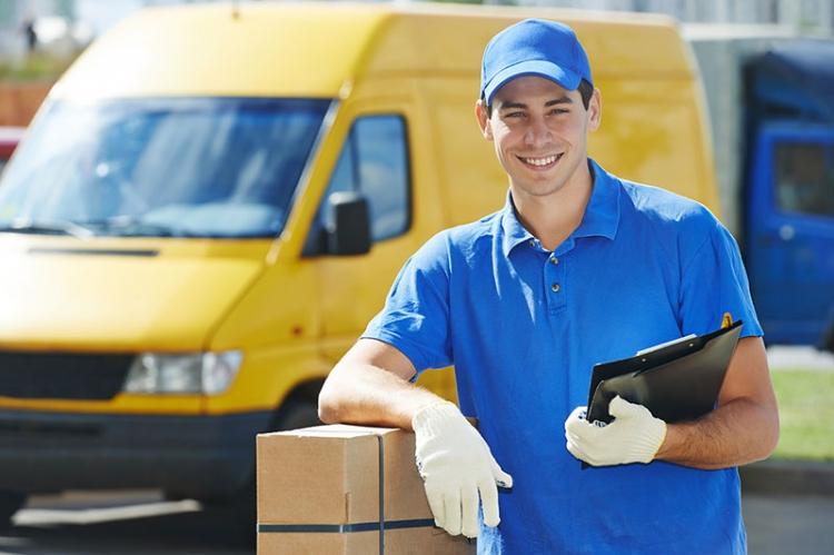 Доставка документов с использованием услуг курьерской службы
