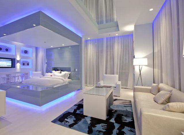 Создать новую световую обстановку в доме поможет дизайнер по свету