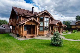 Деревянный дом. Дилемма между елью и сосной