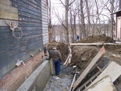 Забыли подправить фундамент перед строительством? Мы спасем вас!