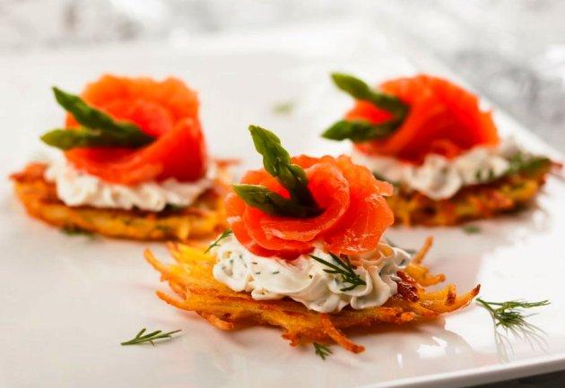 Еда: что обязательно нужно попробовать и где вкусно перекусить в Зеленоградске?