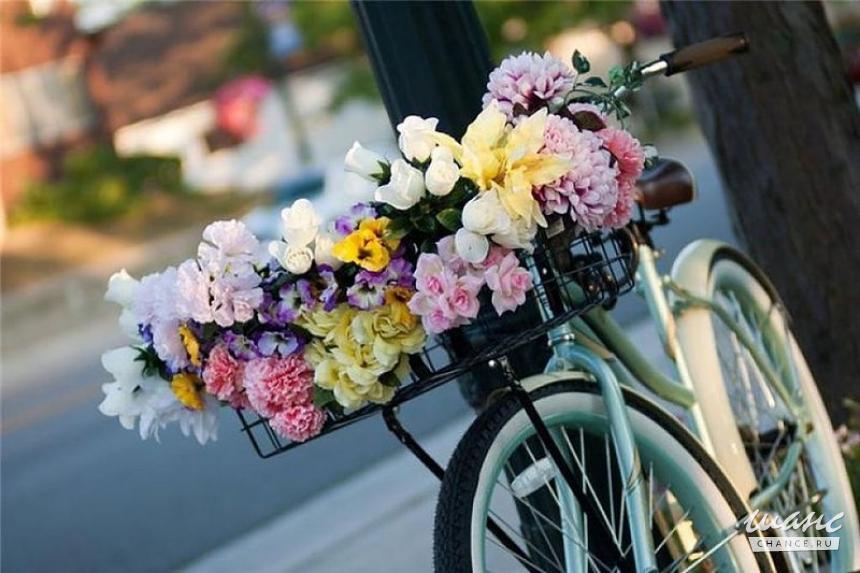 Цветочные букеты с доставкой по городу