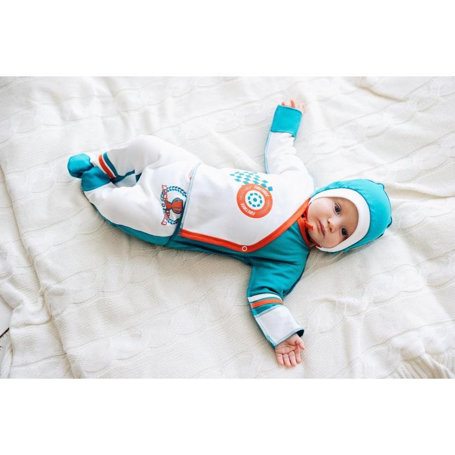 Гардероб малыша должен состоять из качественных изделий