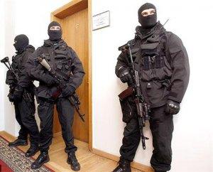Киев: рейдерский захват школы в центре города