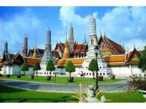 Российские операторы могут отменить туры в Таиланд