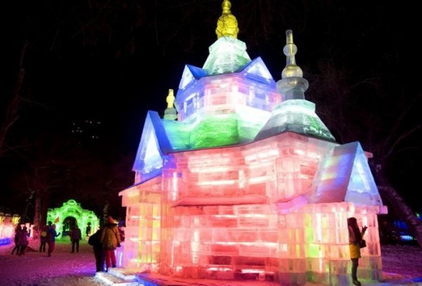 Харбин приглашает на грандиозный фестиваль ледовых скульптур