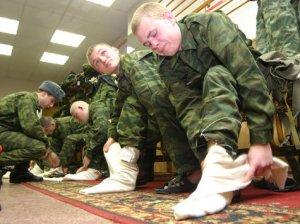 Изменения в повседневном быте российского солдата коснулись знаковых предметов обмундирования – сапог и портянок