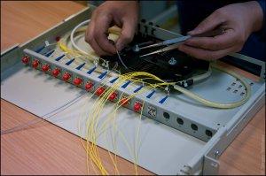 Компании Alcatel-Lucent и BT смогли построить оптоволоконную сеть со скоростью передачи данных 1,4 терабита в секунду