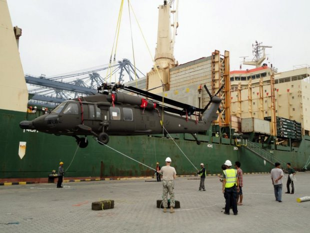 США поставят 12 вертолётов Black Hawk в Тунис