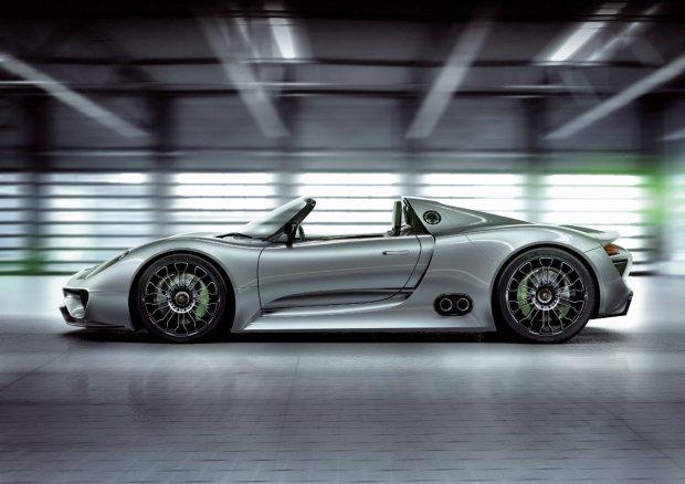 Немцы отзывают машины 918 Spyder