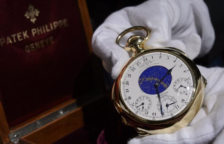 Самые дорогие в мире карманные часы проданы почти за $24 млн. на аукционе в Швейцарии