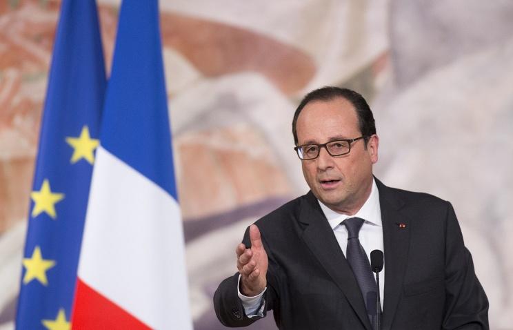 Олланд: введение экономических санкций против России должно быть остановлено