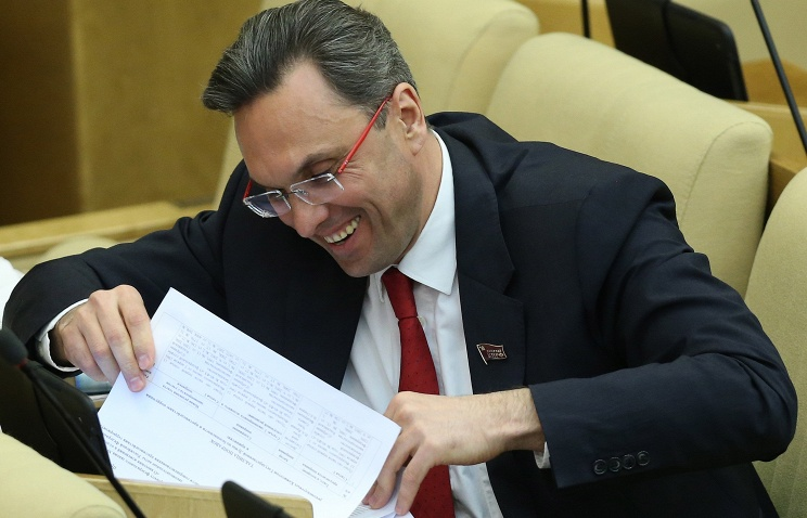 Госдума дала согласие на передачу уголовного дела депутата КПРФ Владимира Бессонова в суд