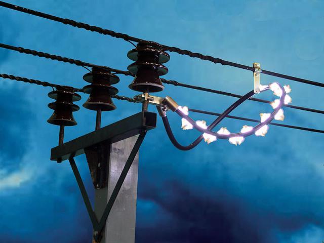 Как защитить линии электропередач от излишнего перенапряжения