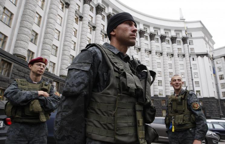 Нацгвардия отразила попытку штурма администрации президента Украины