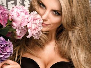 Создать грудь там, где ее нет, поможет специализированный бюстгальтер
