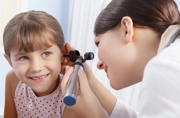 Вежливое и корректное обращение в конечном итоге способно преодолеть боязнь малышом врачей