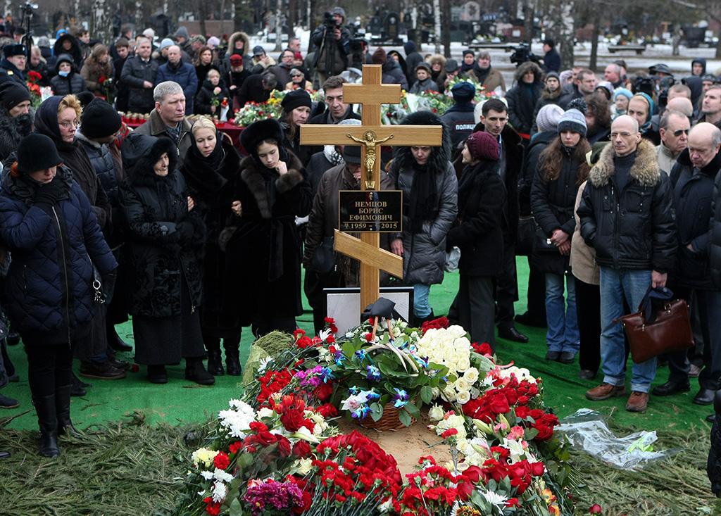 Мир прощается с Борисом Ефимовичем Немцовым