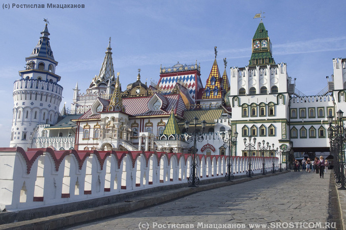 Благоустройство московских дорог и территории