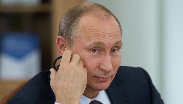 Говоря о своей личной жизни, Путин рассказал о хороших отношениях с Людмилой и двумя своими дочерьми