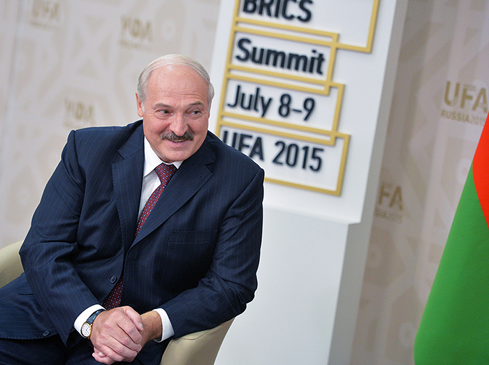 Беларусь обратилась к России с просьбой о выделении $3 миллиардного кредита