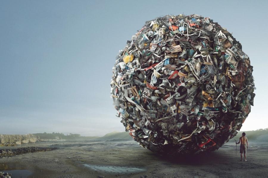 Отравляя планету мусором