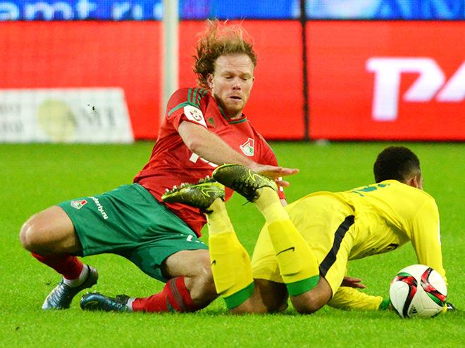 «Локомотив» со счетом 0:2 проиграл «Анжи» на московском поле