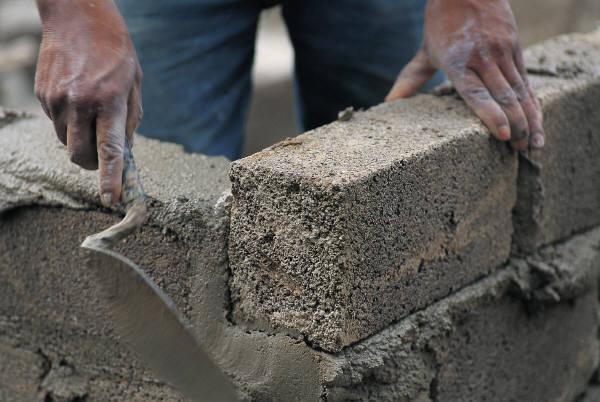 Качественный цемент и другие сухие строительные смеси от Россцемента