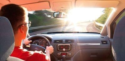 Лобовое стекло на Ford S-Max с доставкой по всей России