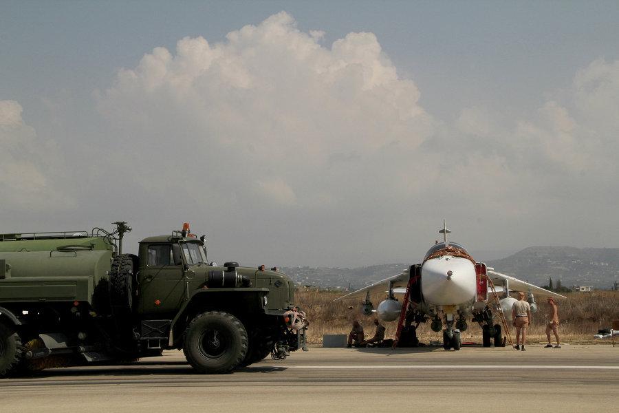Песков: российские войска из Сирии выводятся, но в Тартусе и Хмеймиме остаются