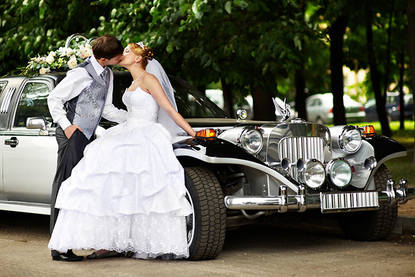 Прокат лимузина на свадьбу