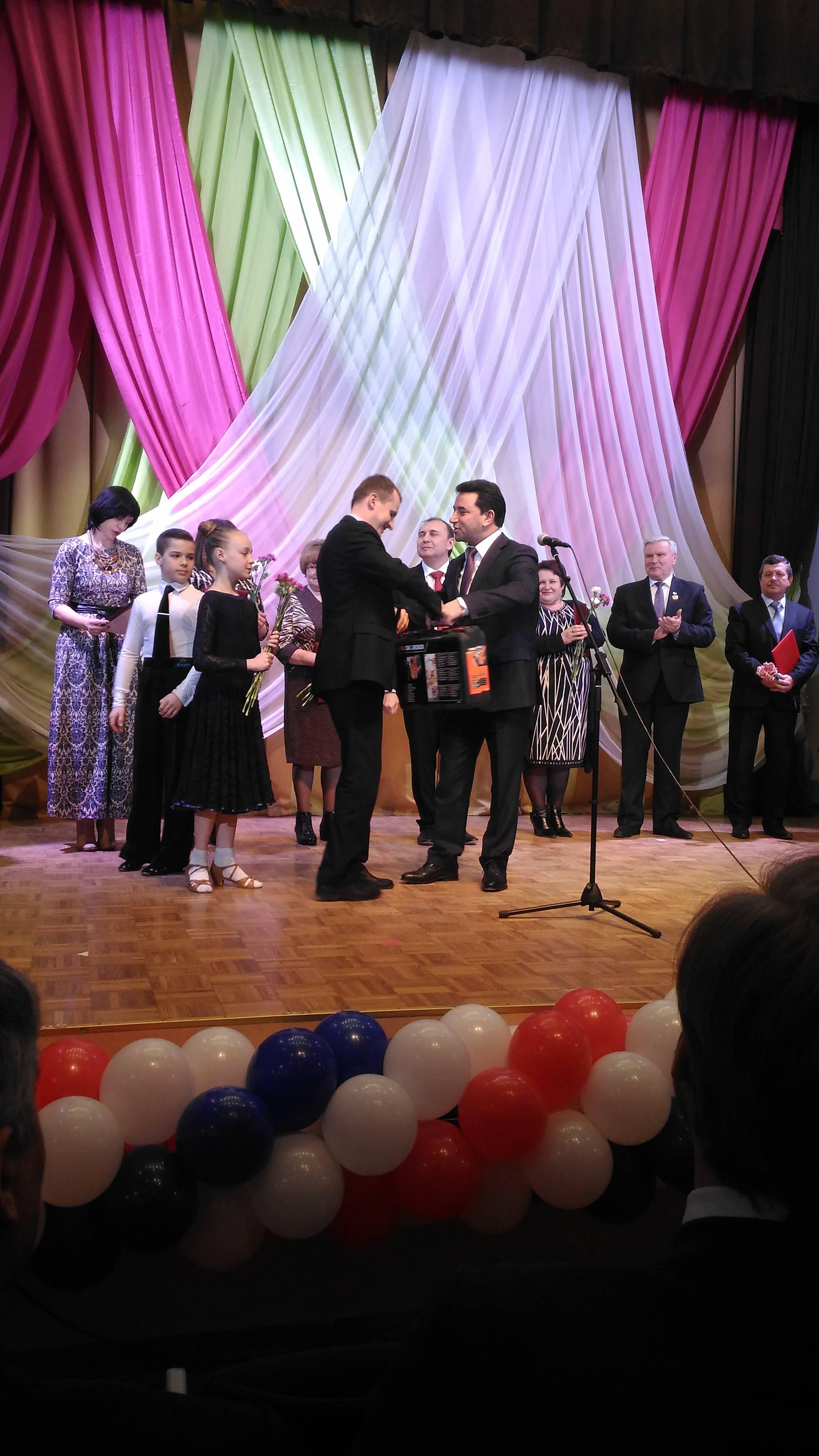 Профессиональные поздравления от депутата Саяда Алиева прозвучали для ЖКХ-работников Ленинградской области