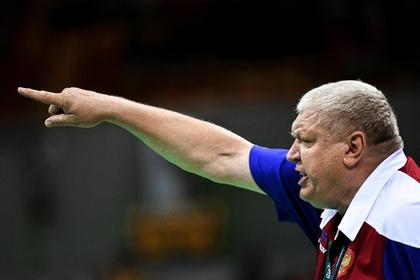 По словам тренера российской гандбольной команды победа в первом туре: слу-чай-на!