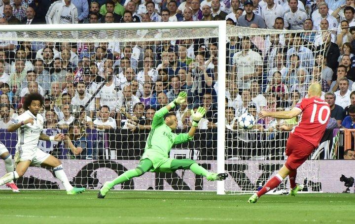 Мадридские «Реал» и «Атлетико» вышли в полуфинал Лиги чемпионов
