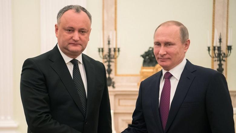 Путин и Додон обсудили высылку российских дипломатов