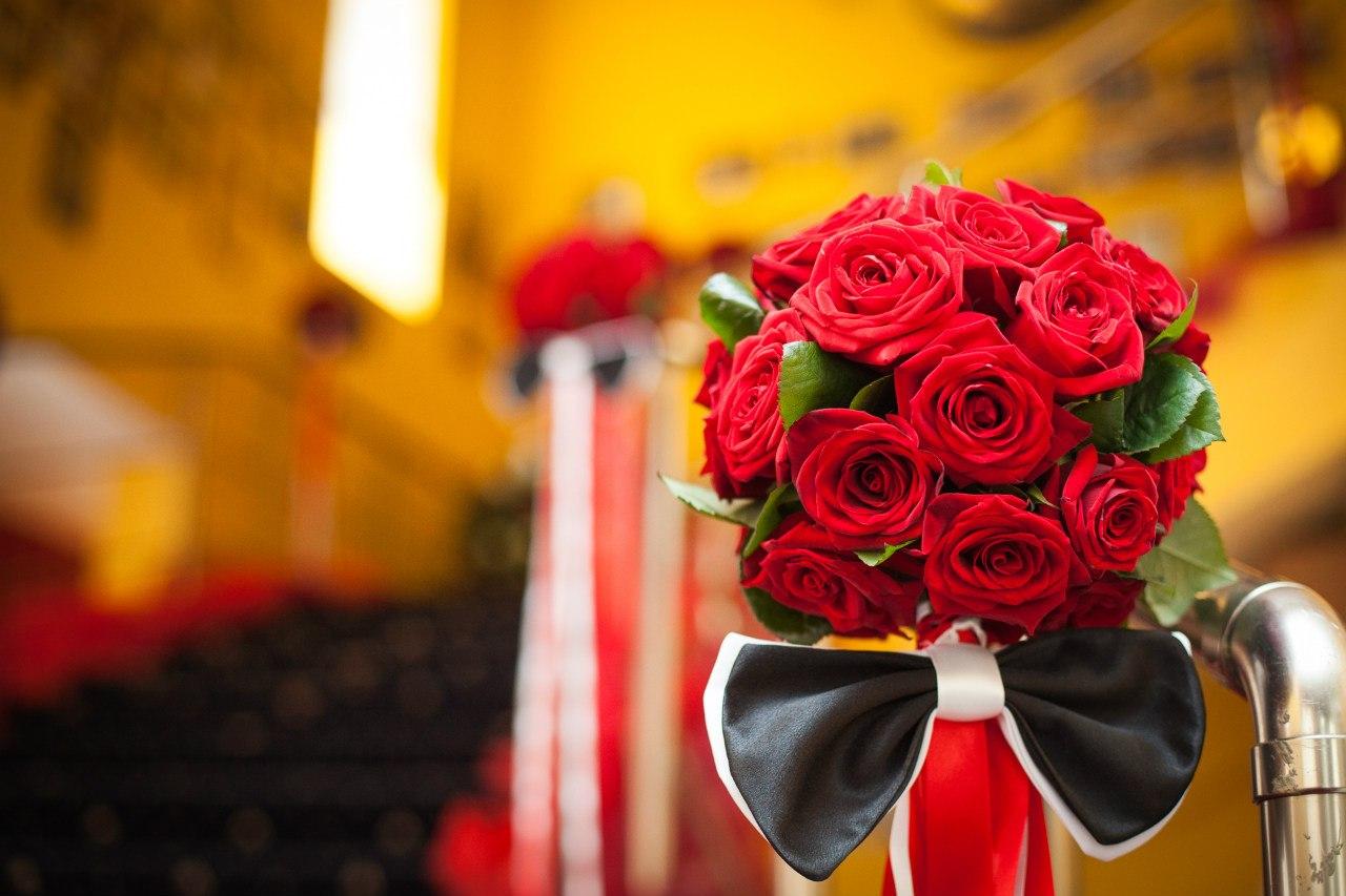 Доставка цветов: эксклюзивный и доступный подарок