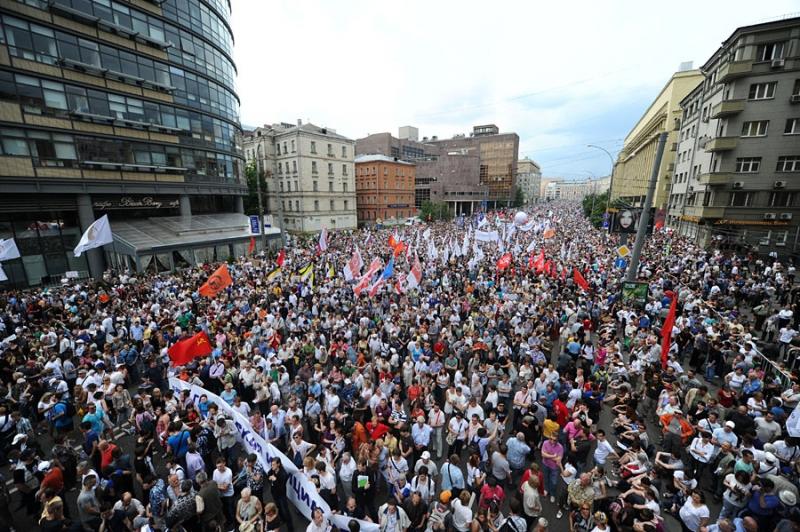 23 июля по бульварам Москвы прошли митинги в пользу отставки главы Роскомнадзора