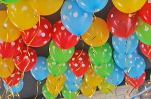 Сделайте праздник ярким и воздушным с помощью шаров
